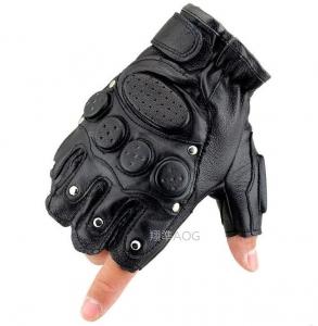【翔準軍品AOG】防撞 半指 鐵釘 手套 戶外 休閒 騎車 機車 自行車 生存 野外 防BB彈 X1-7-1