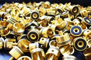 【瘋狂特價下殺】全金屬二代汽缸頭 台灣知名槍廠流出 VeR2  電動槍零件 【原價:350$】