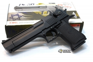 【翔準國際AOG】【KWC】 沙漠之鷹 CO2 黑色 CO2 鋼瓶 手槍 拆卸 半金屬 後座力 生存遊戲 D-07-19