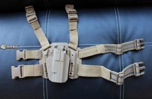 【翔準軍品AOG】超級萬用槍套 腿掛 硬殼槍套 沙 快拔手槍套整組 GLOCK M9 HI CAPA P1105CA