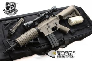 【翔準國際AOG】S&T 七套件 M4 沙漠風暴 半金屬電槍(3-9X32狙擊鏡+槍袋+魚骨片+握把+3000發BB彈+罐子+M4電槍)