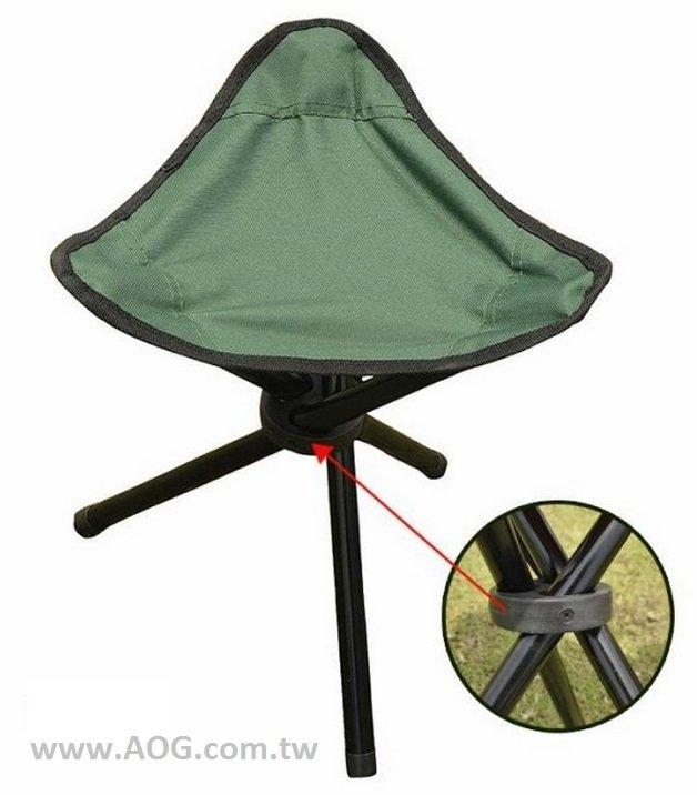 【翔準軍品AOG】(諾)三角凳 三角椅 攜帶方便 生存遊戲 露營 長期戰役 野外椅子 (顏色隨機 )ZY001